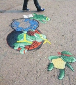 首届泉州墙绘城市美化大赛启动 井盖涂鸦闪亮登场