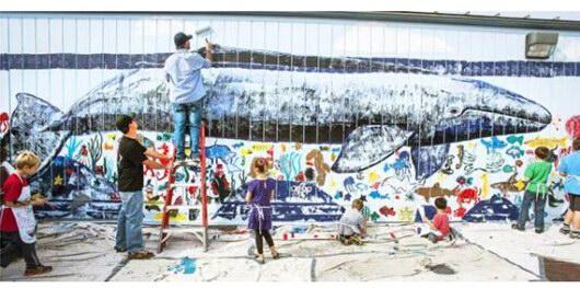 """威兰给尼古湖学校海洋壁画表面 """"捕鲸墙"""""""