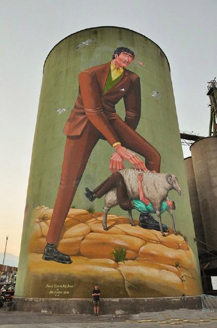 乌克兰艺术家Interesni Kazki难以置信的壁画作品